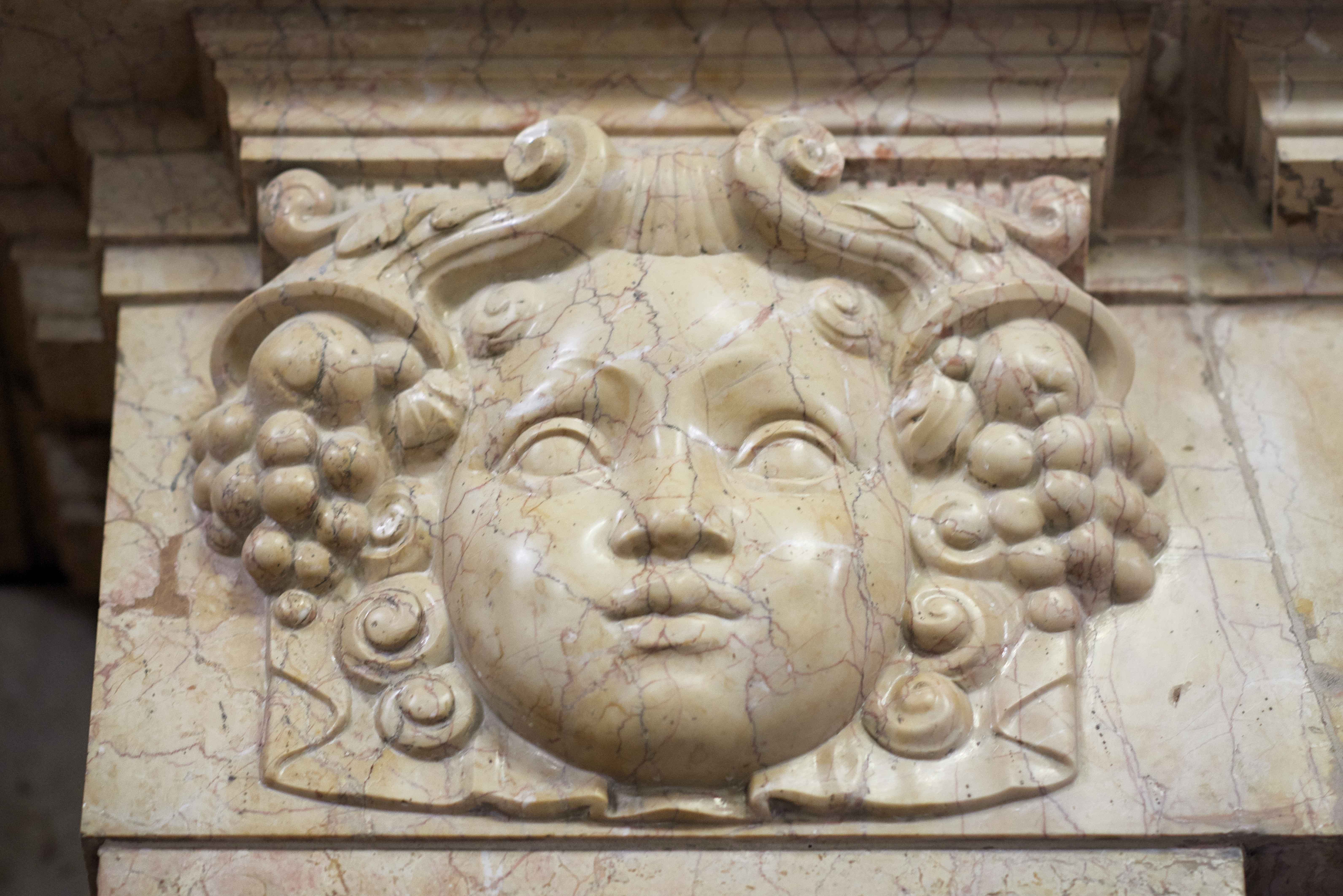 12._marble_relief_vaci_1_budapest_hungary